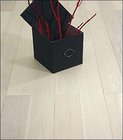 PARQUET CONTRECOLLE CHENE LOFT PRIMO COULEUR DINARD BROSSE HUILE BLANC 13 x 189 mm R/L